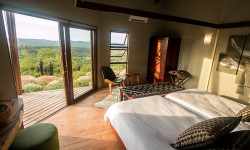 Isibindi Rhine Ridge Safari Lodge