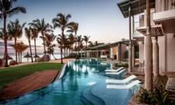 Victoria Beachcomber Resort